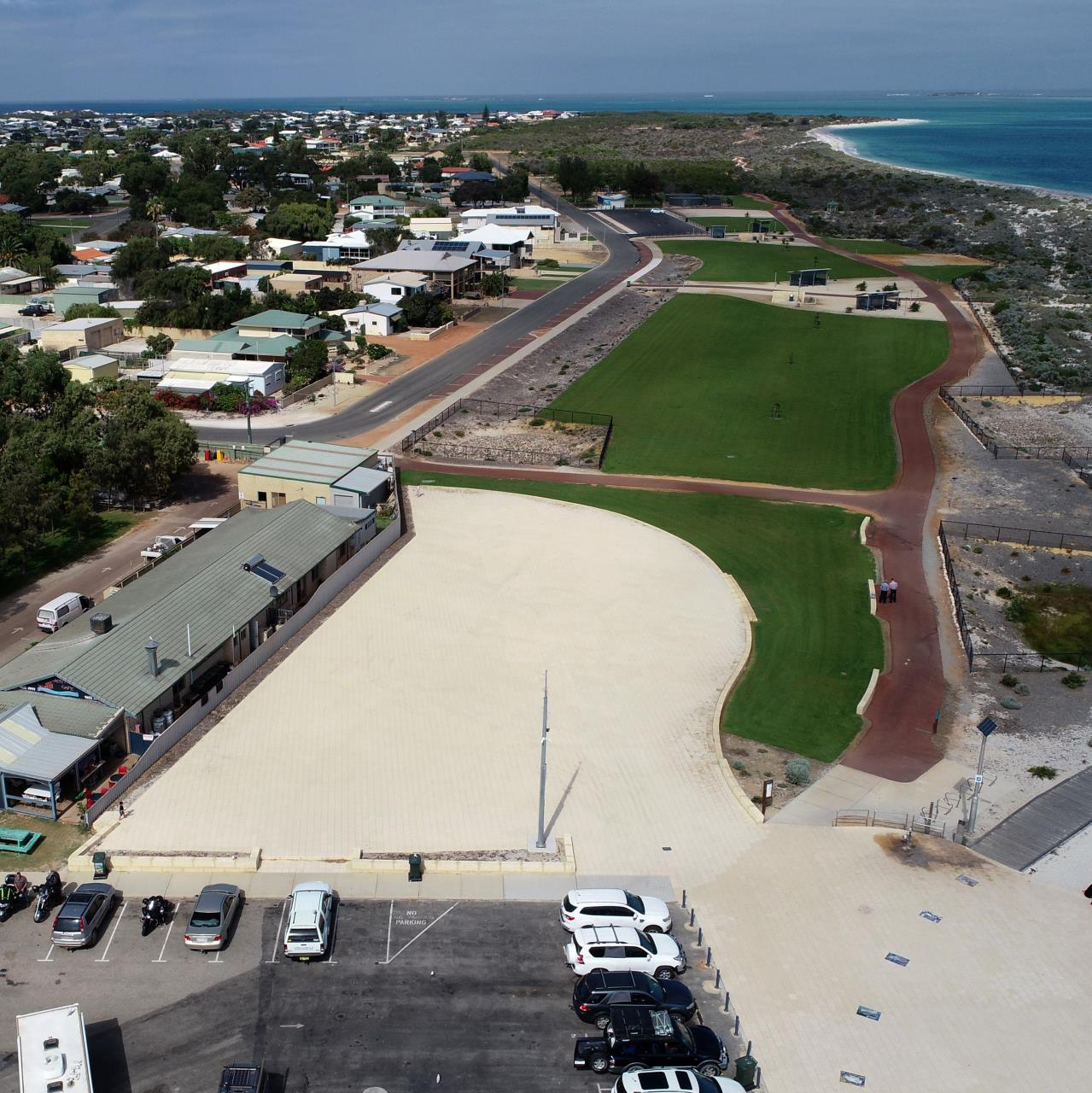REQUEST FOR PROPOSALS FOR JURIEN BAY FORESHORE COMMERCIAL DEVELOPMENT